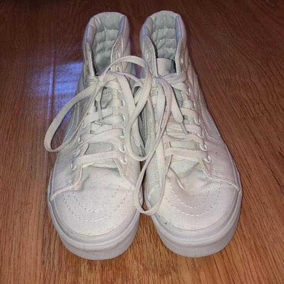 Vans Shoes   Allwhite Sk8hi Size 55